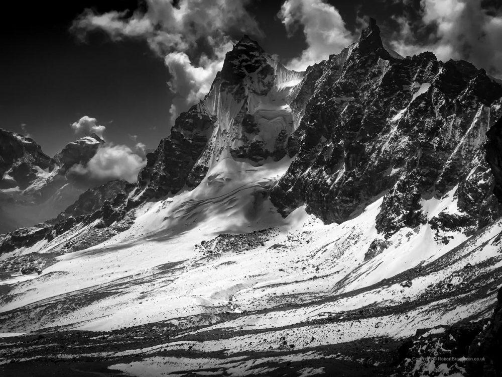 09. Mountain Kings